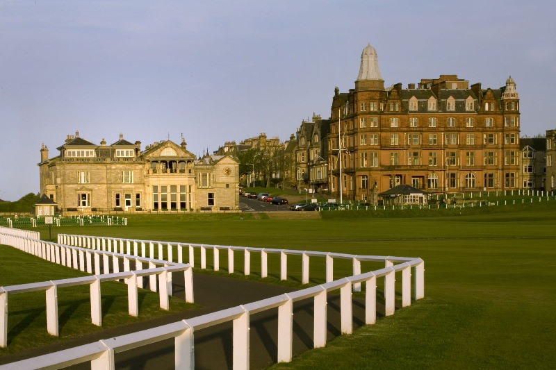 Selling Fast: 2016 Tee Times at St. Andrews, Scotland
